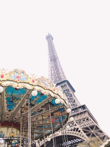 paris パリ、エッフェル塔、カルーセル